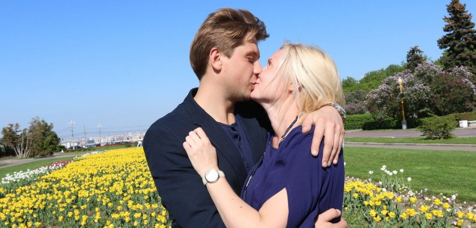Роман маякин личная жизнь фото с женой