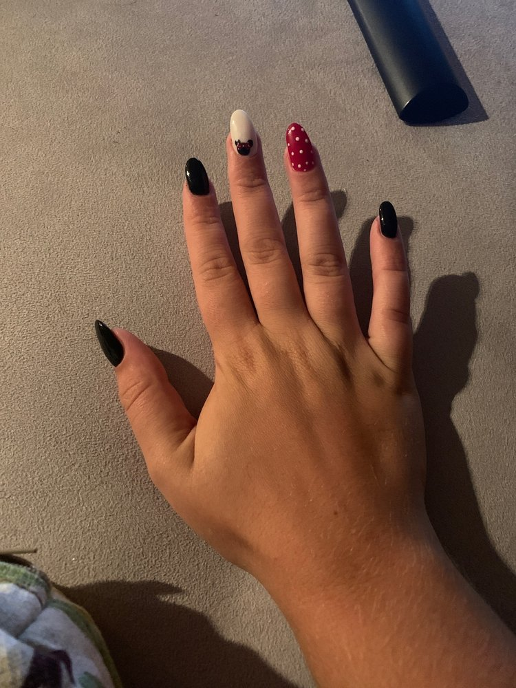 Luxury nails and spa hanover md
