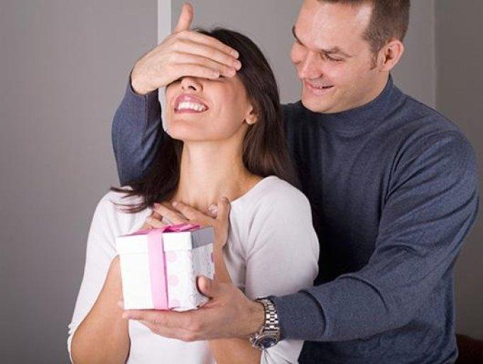 Влюбленные мужчины часто делают сюрпризы