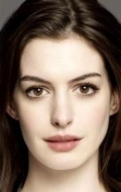 В главной роли Актриса, Продюсер Энн Хэтэуэй, фильмографию смотреть .