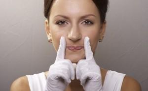 Как удалить носогубные складки в домашних условиях