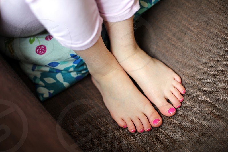 Girl toenails
