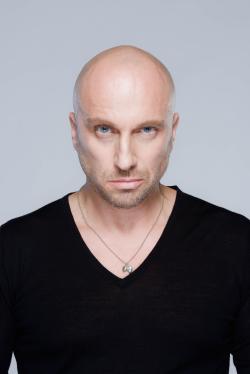 В главной роли Актер, Режиссер, Актер дубляжа Дмитрий Нагиев, фильмографию смотреть .