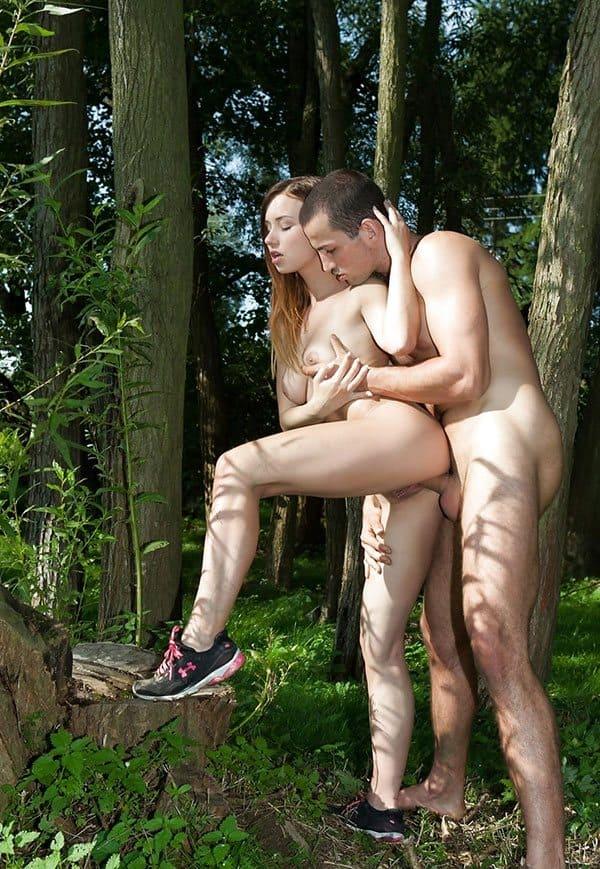 Секс на природе девушек