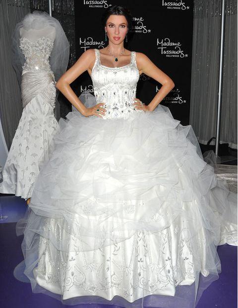 Pictures of kim kardashian on her wedding day