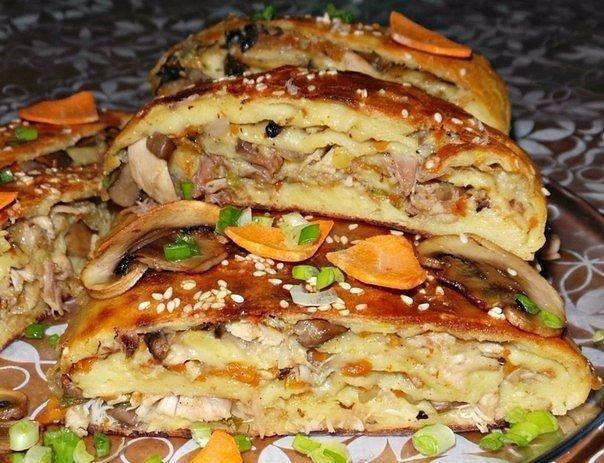 Картофельный рулет с курицей и грибами