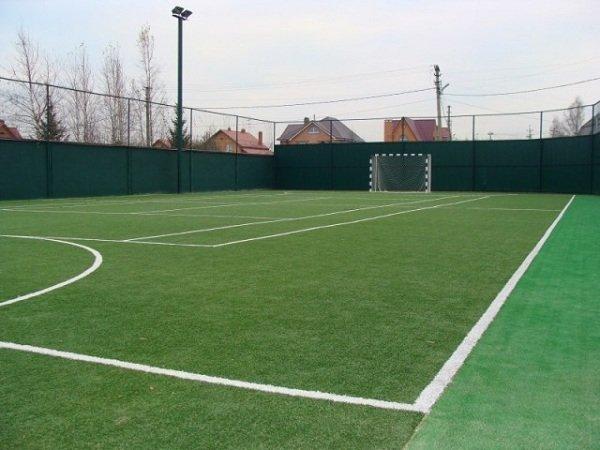 Построить футбольное поле с искусственным покрытием
