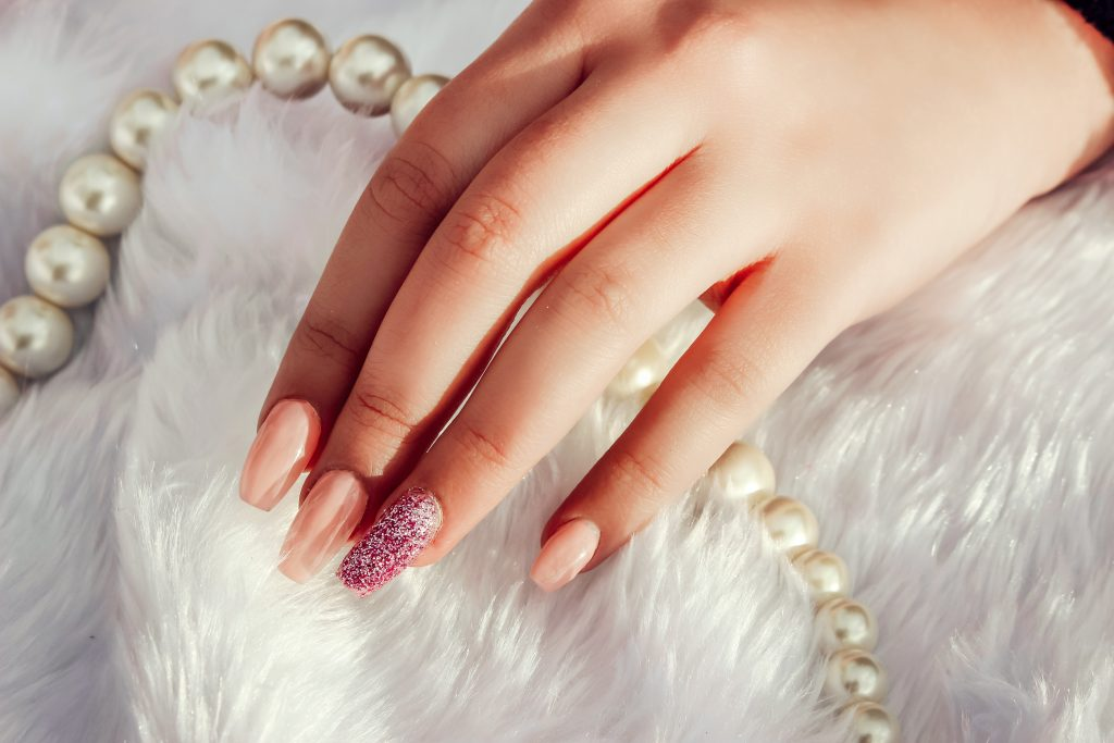 Gel nails for wedding