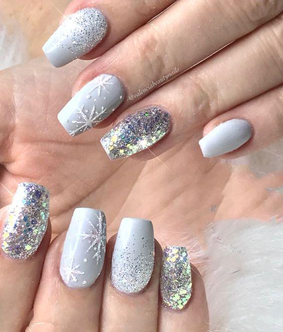 Pinterest christmas glitter nails
