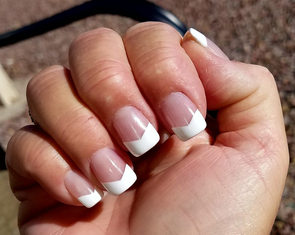 Country nails phoenixville