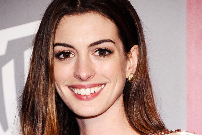 Dark haired female celebrities