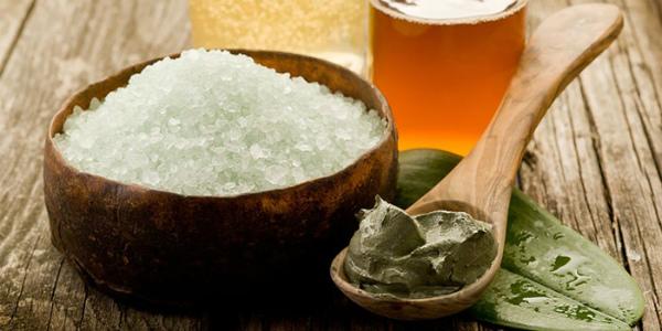 Скраб для головы из соли от выпадения волос. Рецепты с маслом, глиной, морской солью. Как приготовить и применять в домашних условиях