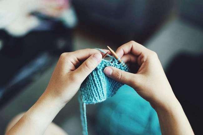 Вязание детских комбинезонов спицами: описание, оригинальные модели, фото