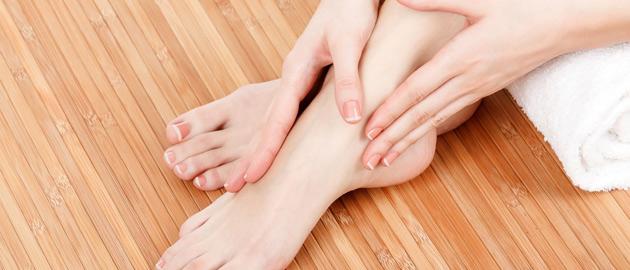 La nails and spa waterloo ia