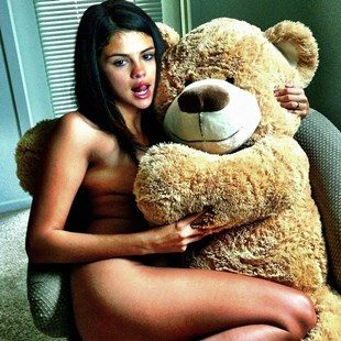 "Selena Gomez Set To Star In ""Ted 3"""