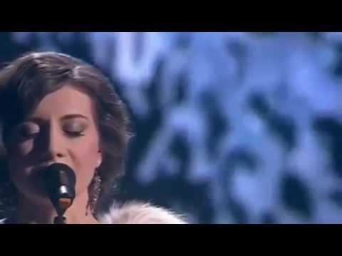 Песня в исполнении алисы игнатьевой белым снегом