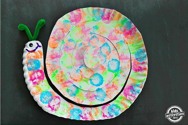 Paper plate snails