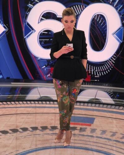 Ведущие передачи 60 минут на россии 1