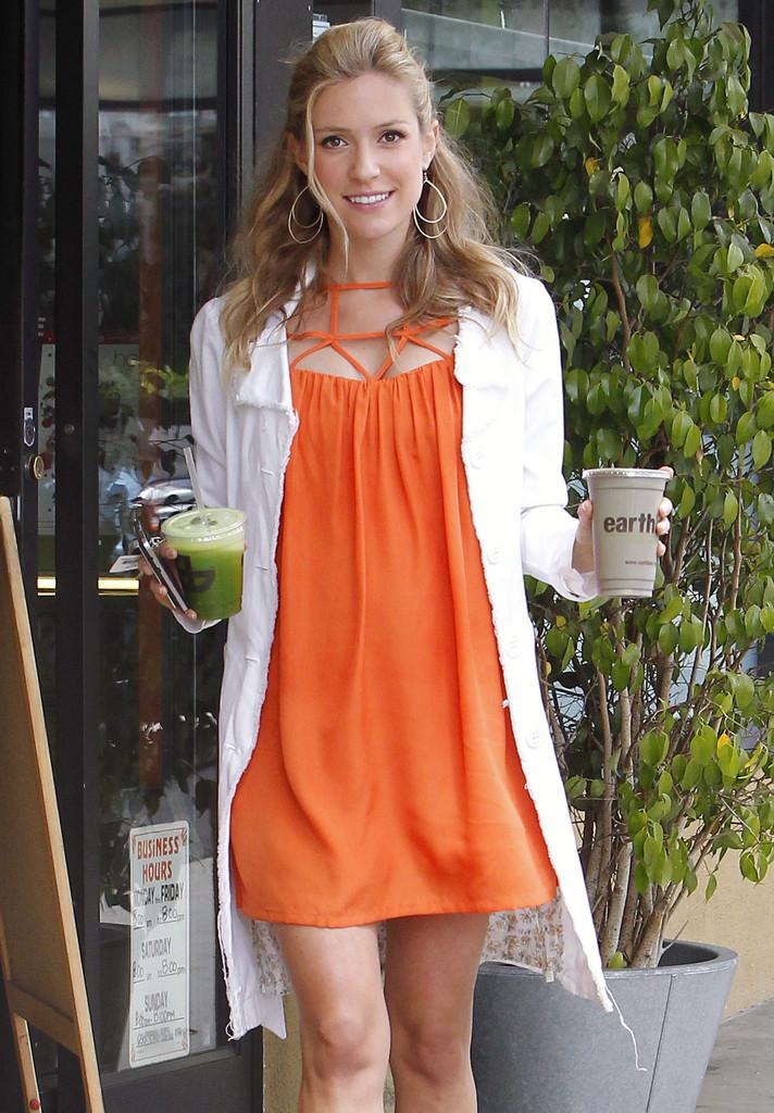 Kristin cavallari red maternity dress
