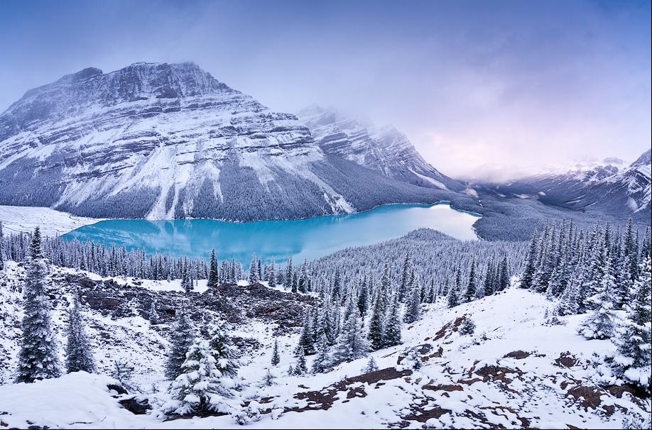 Горный зимний пейзаж. Фото: Владимир Медведев