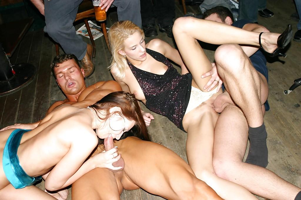 Секс вечеринки и порно пати снятые на видео