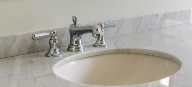 Undermount sink sealant