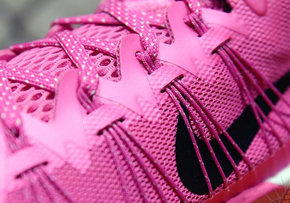 Nike hyperdunk 2013 pink release date