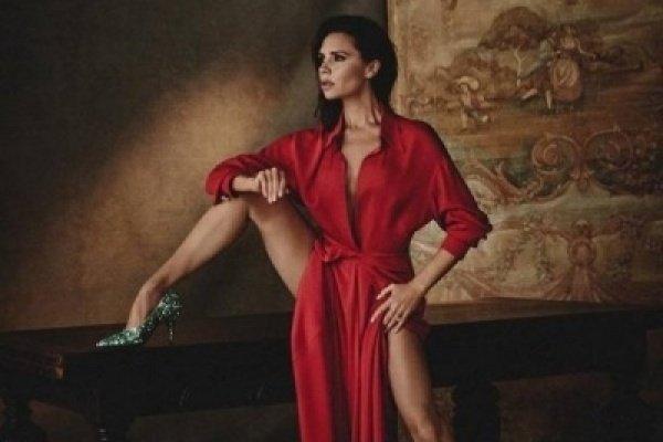 """Виктория Бекхэм раздвинула ноги для участия в фотосъемки журнала """"Vogue"""""""