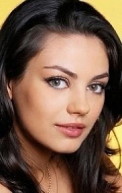 В главной роли Актриса, Продюсер Мила Кунис, фильмографию смотреть .