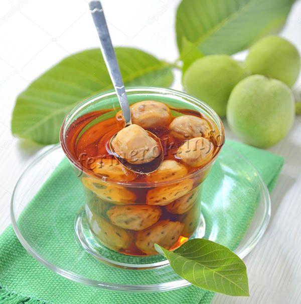 Орехи должны быть свежими, без насекомых, не больные, натурального, приятного зеленого цвета