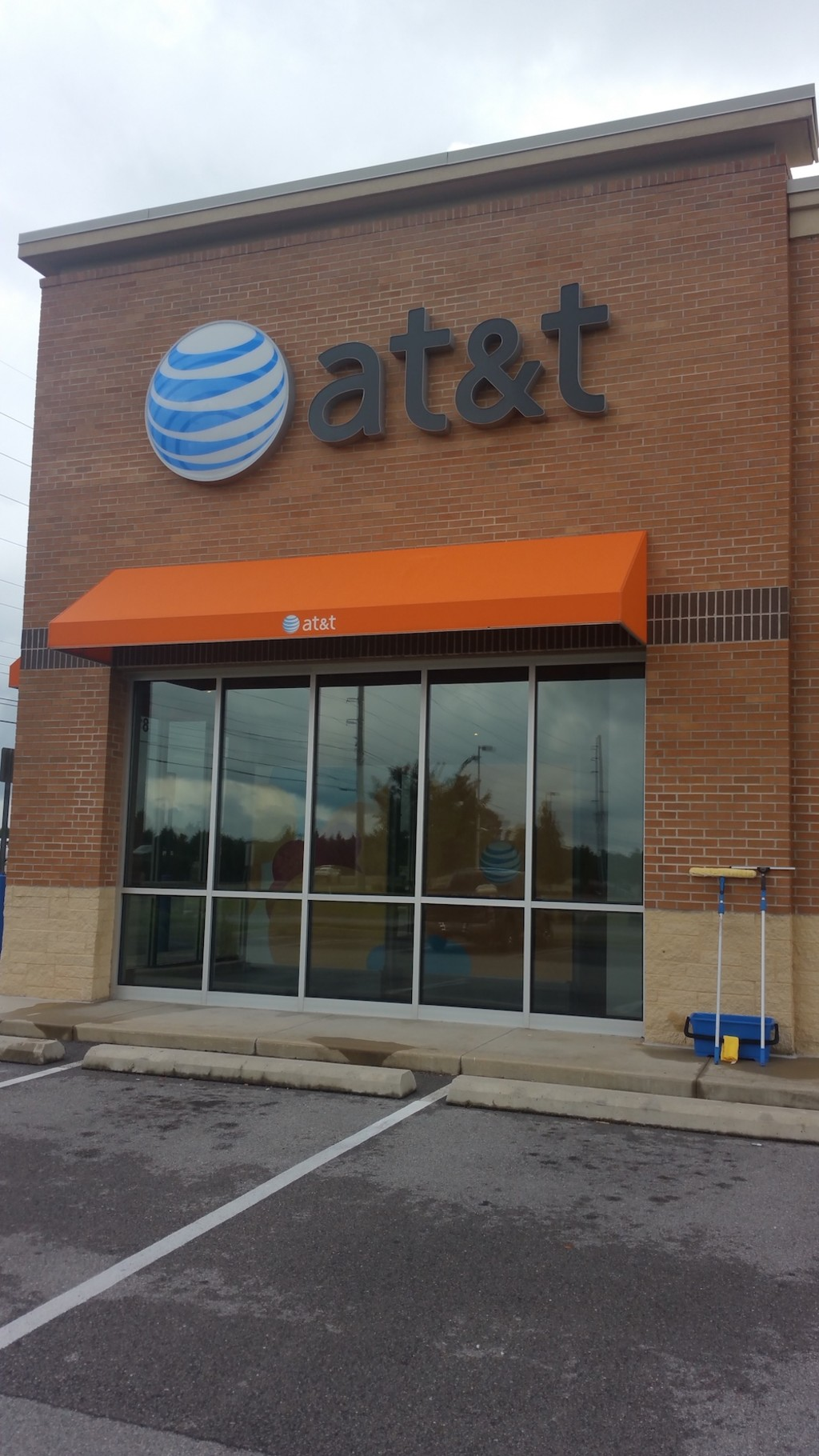 Sparkling Cleaning - at&t