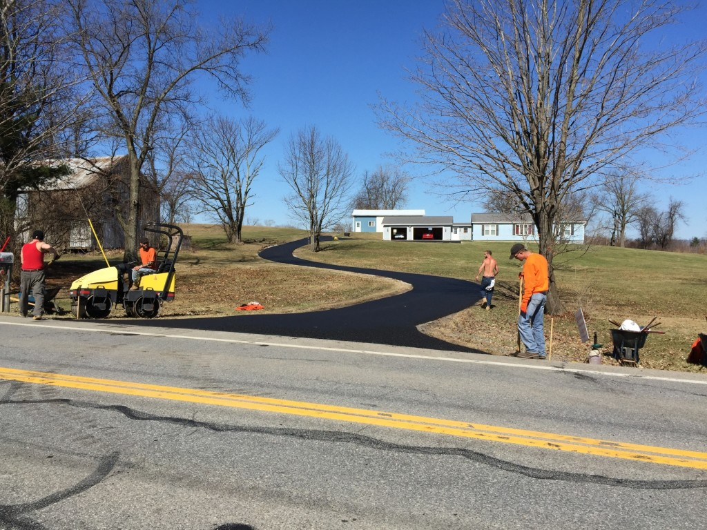 Richard's Paving, Inc. - Men doing work