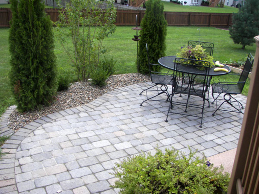 Heartland Lawn and Landscape - Back Patio