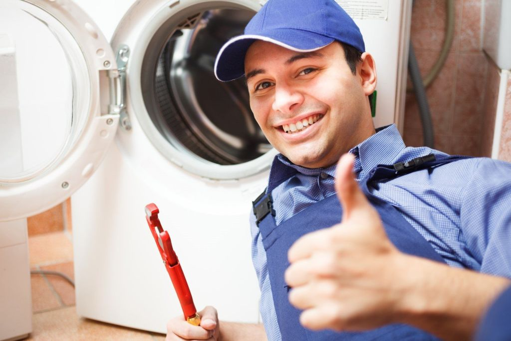 Richard's Appliance Repair - On the Job