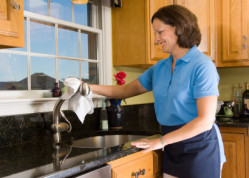 Spruce It Up Cleaning Services, LLC - Cleaning Kitchen