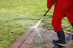 JC Rockland Paving - Cleaning Patio