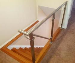 Eleet Glass & Mirror - Stair Case