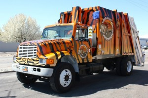 Tiger Sanitation LLC - Tiger Junk Hauling Truck