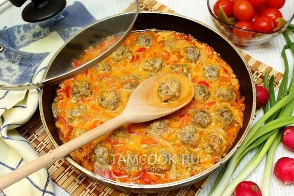 Фрикадельки из фарша рецепт с подливкой с фото пошагово на сковороде