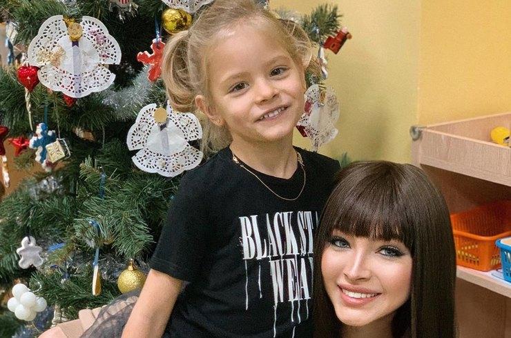 Алена шишкова не живет с дочерью