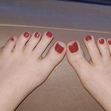 How to soften toe nails