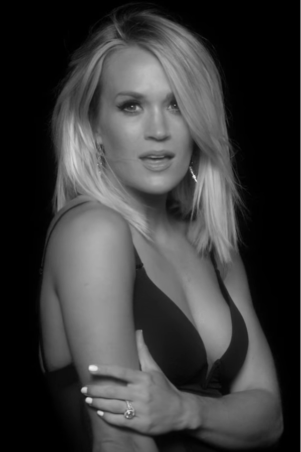 Carrie Underwood sexiest pictures from her hottest photo shoots. (24)