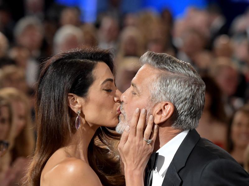 Джордж клуни жена ее фото