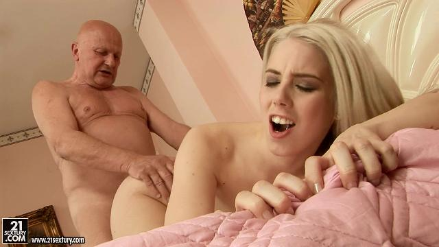 Зрелые большая грудь порно онлайн
