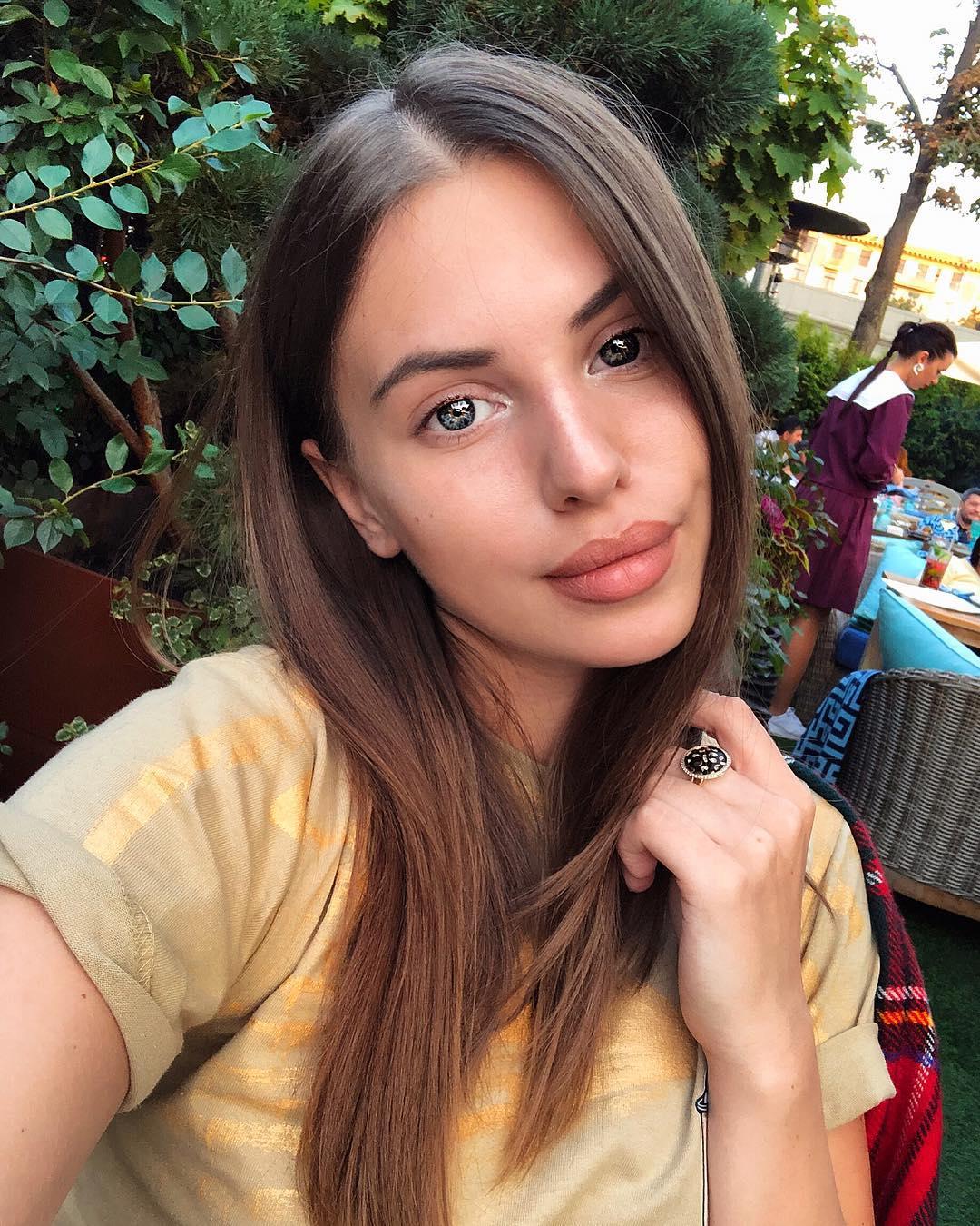Артемова саша фото в инстаграм