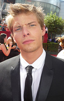 Hunter parrish sexy