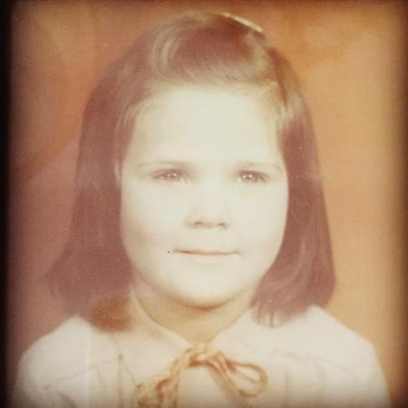 Наташа в детстве