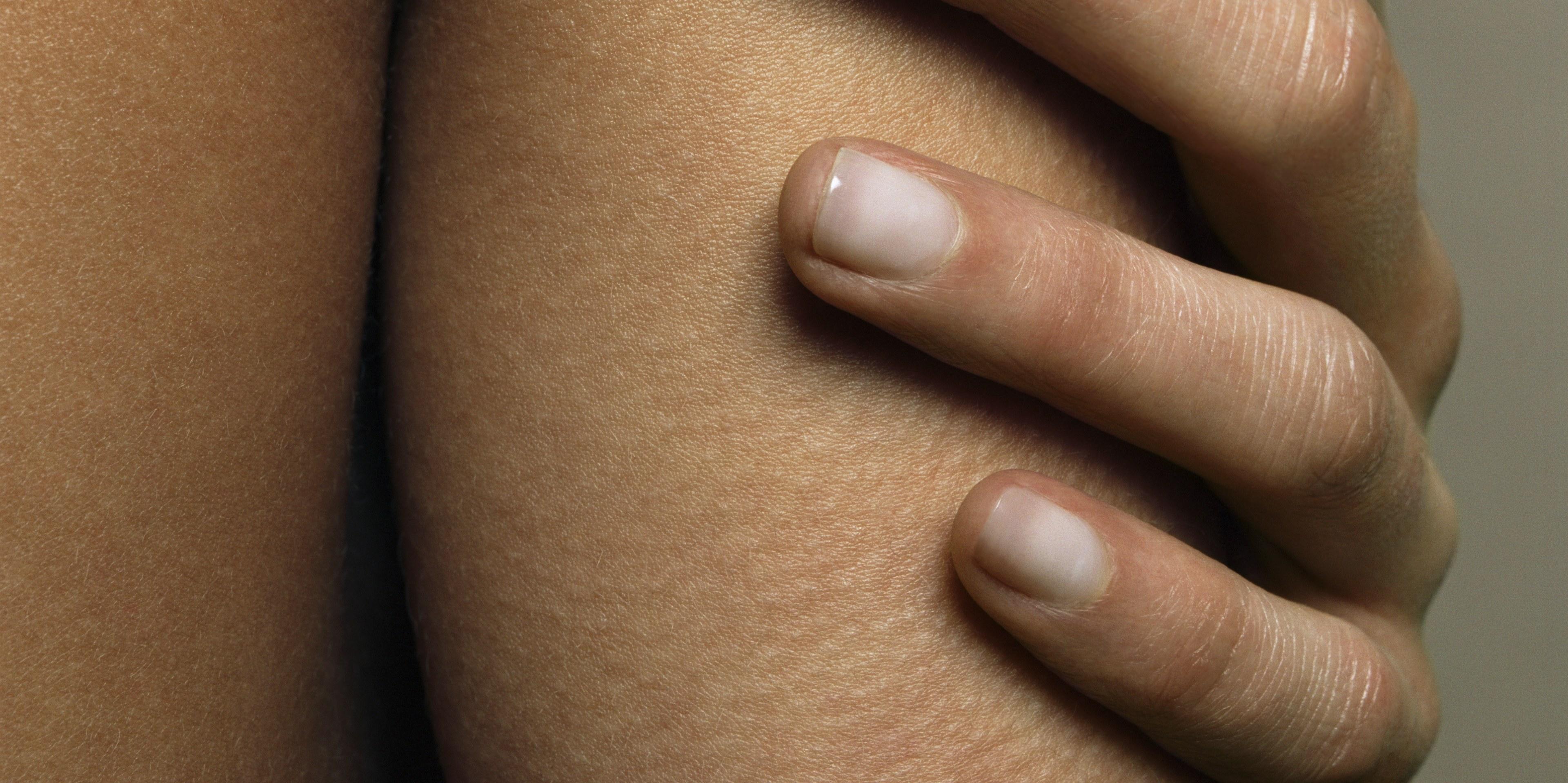 Shellac damage nails