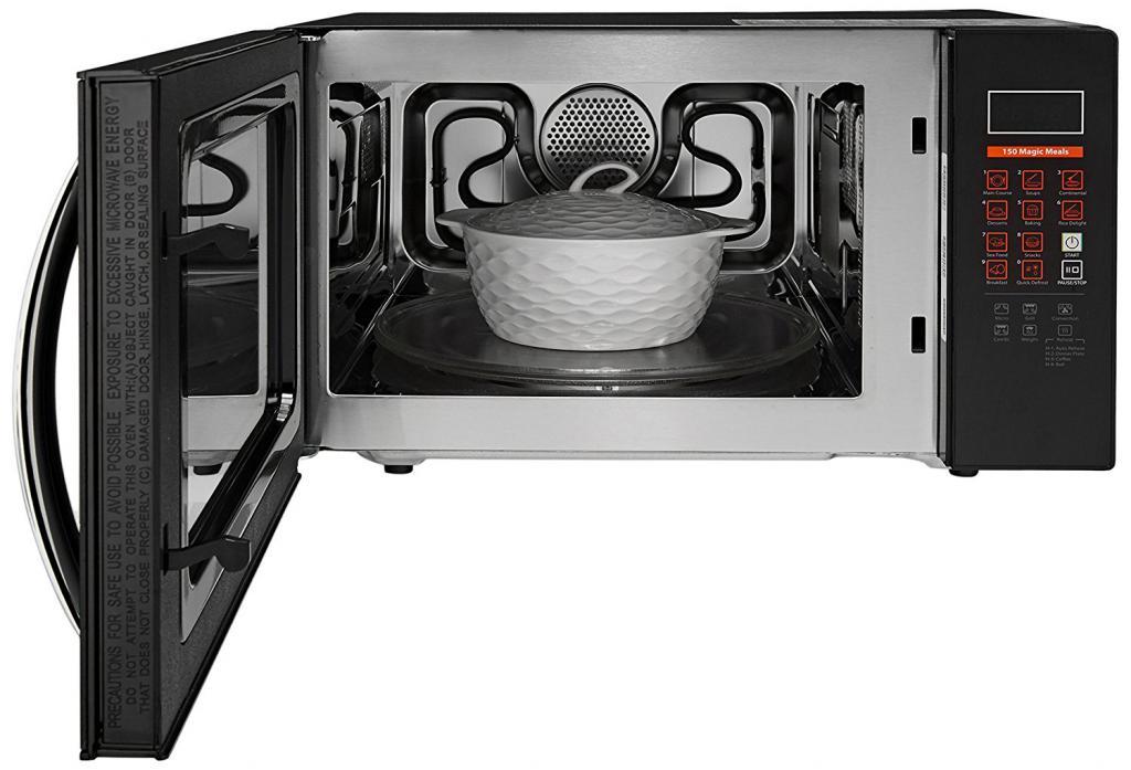 Можно ли разогревать в металлической посуде в микроволновке