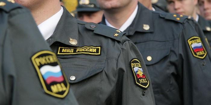 Сотрудники МВД России